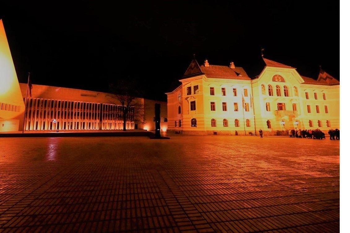 Zweiter Orange Day in Vaduz