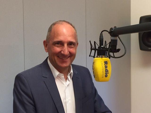Regierungschef Adrian Hasler live zu Gast bei RadioL
