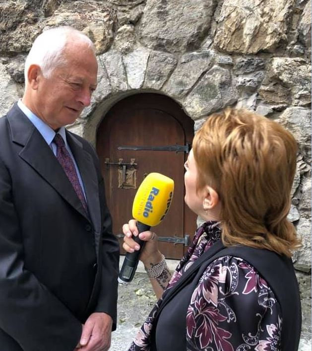 Fürst Hans Adam II im Interview